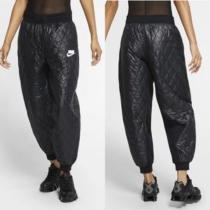 Nike Sport Pack Quilted Sweatpants joggers black